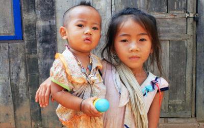 001 Big sister Laos