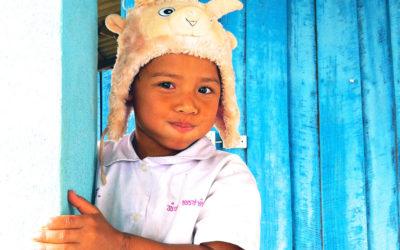 004 Thai school antics