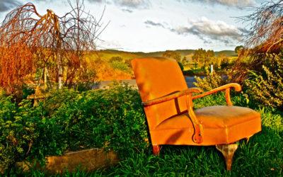 006 Orange chair
